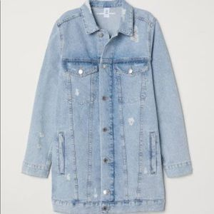 H & M long denim jacket. Size Medium/8